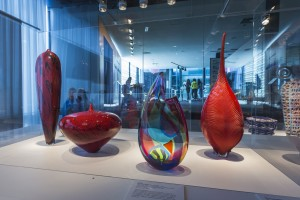 CMoG Refreshed Contemporary & Modern Galleries with People 20140412GH1